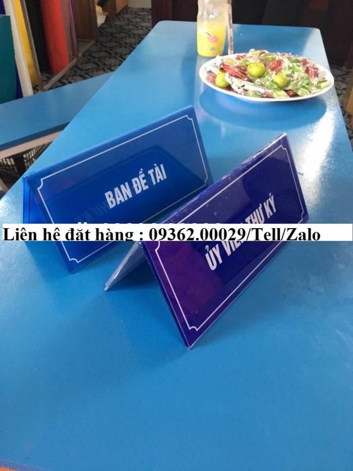 Biển chức danh để bàn bằng mica- Sản xuất tại quận Thanh Xuân7