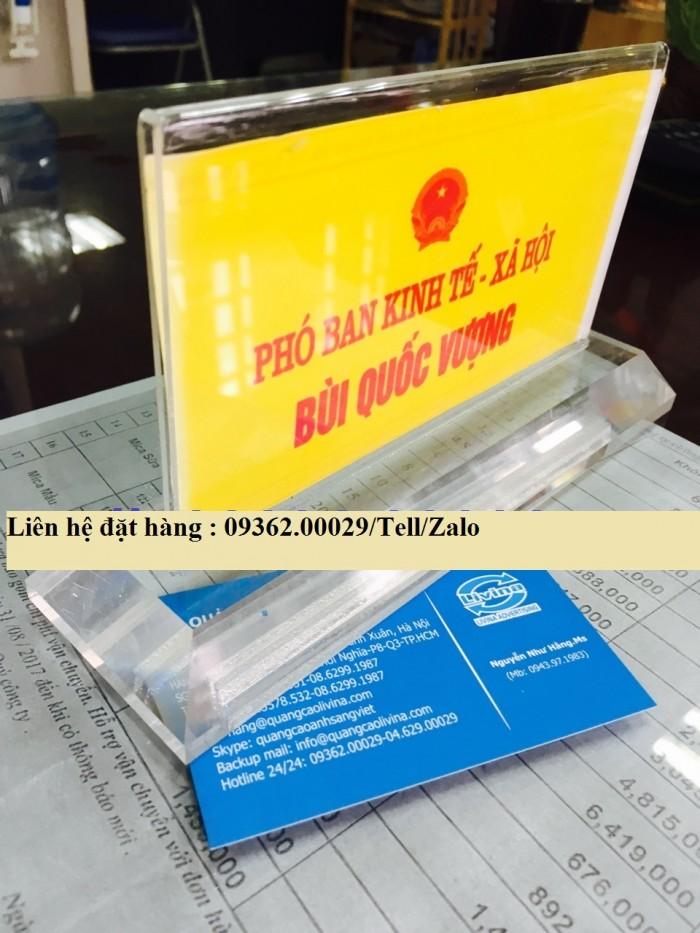Biển chức danh để bàn bằng mica- Sản xuất tại quận Thanh Xuân11
