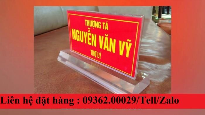 Biển chức danh để bàn bằng mica- Sản xuất tại quận Thanh Xuân17