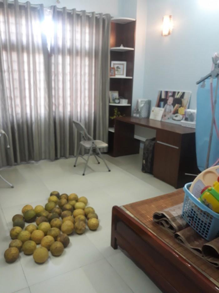 Chính chủ cần bán ngay nhà 4 tầng tại Long Biên với