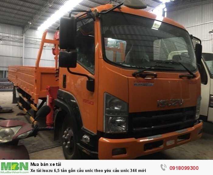 Xe tải isuzu 6,5 tấn gắn cẩu unic theo yêu cầu unic 344 mới 1