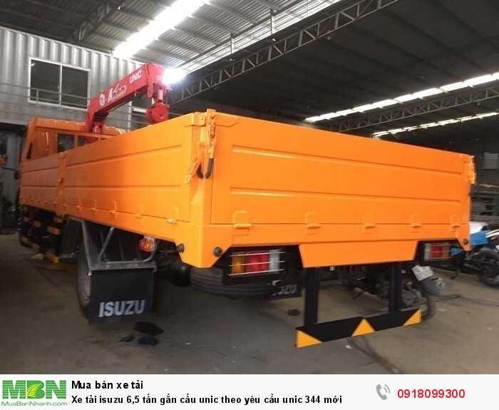 Xe tải isuzu 6,5 tấn gắn cẩu unic theo yêu cầu unic 344 mới 2