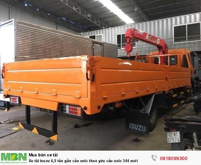 Xe tải isuzu 6,5 tấn gắn cẩu unic theo yêu cầu unic 344 mới 3