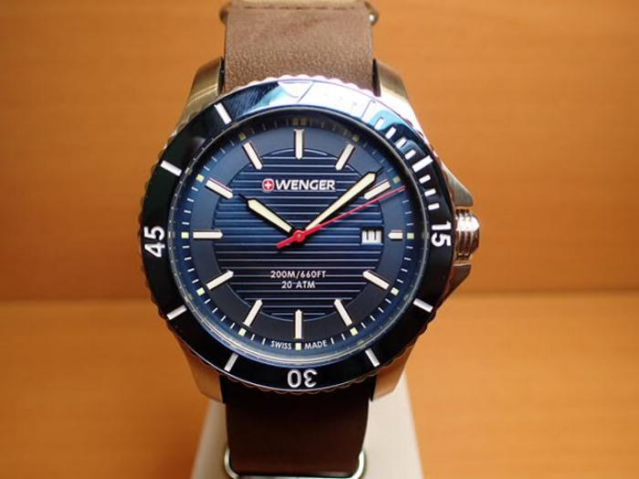 Đồng hồ nam Wenger 01.0641.1211