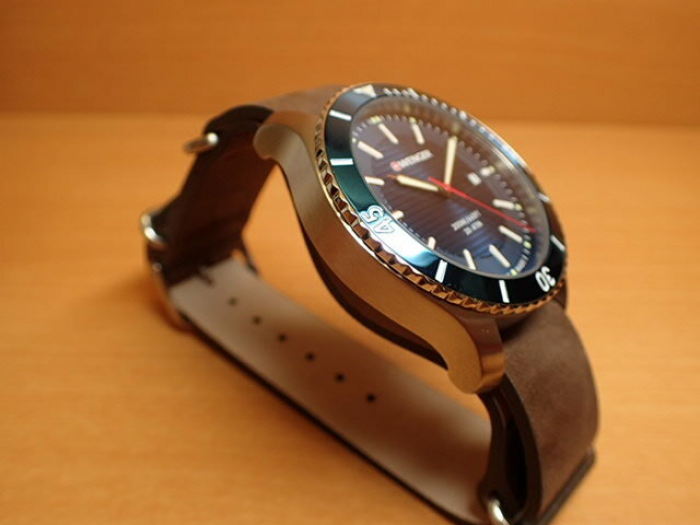 Đồng hồ nam Wenger 01.0641.1213