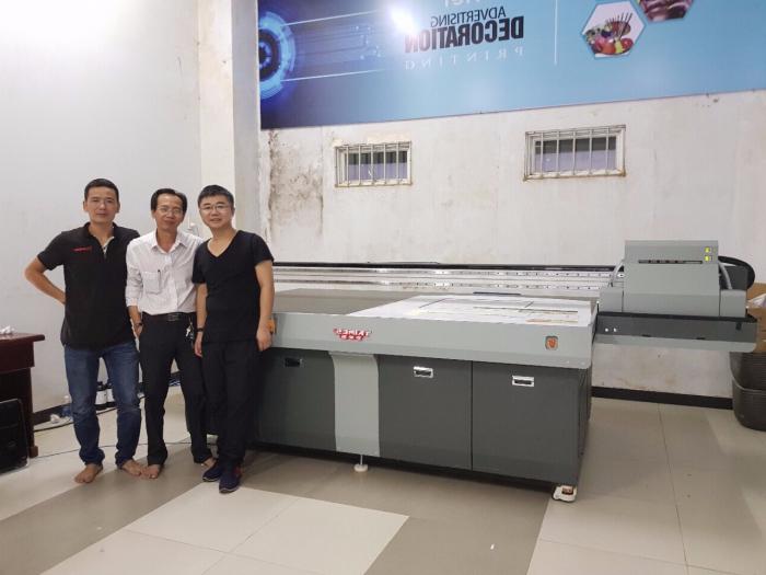 Công ty máy in UV - máy in tủ nhựa 3D. Nhận cung cấp máy in UV lên nhựa và máy in p...