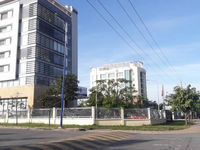 Nhà phố kinh doanh nằm trong dự án diamond oasis,đối diện trường đại học Việt Đức