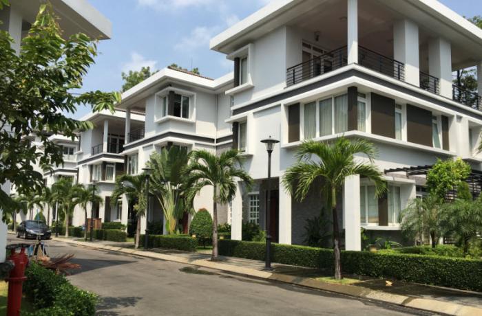 Bán Biệt Thự 10x20m, SHR, đường Phan Văn Hớn