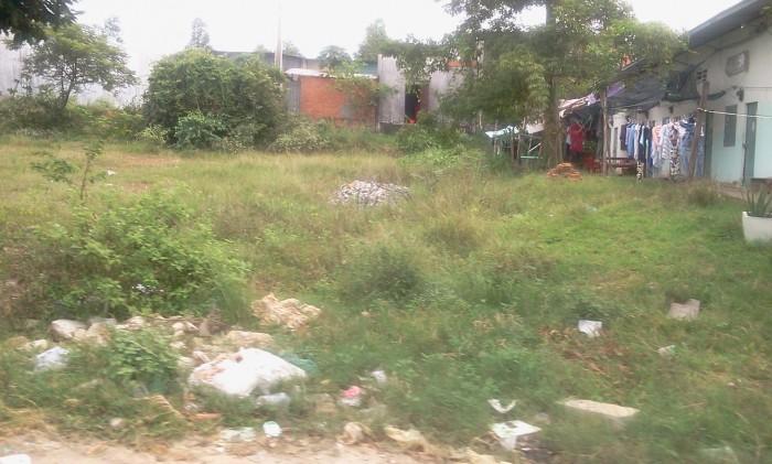 Anh Thi cần bán gấp 300m2 đất và 16 phòng trọ, sổ hồng, thổ cư, gần khu công nghiệp