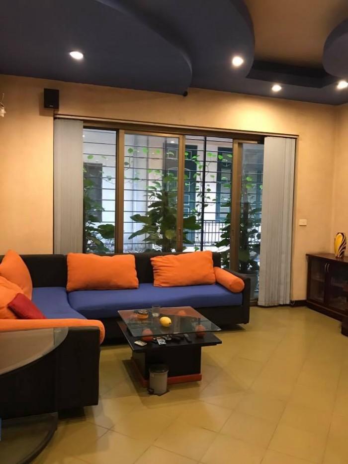 Vỉa hè rộng, nhà mặt phố Khuất Duy Tiến, quận Thanh Xuân, kinh doanh sầm uất, 2 thoáng