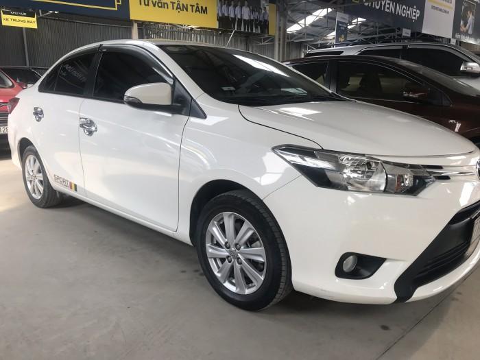 Bán Toyota VIOS E 1.5MT màu trắng số sàn sản xuất 2017 đi 42000km xe đẹp