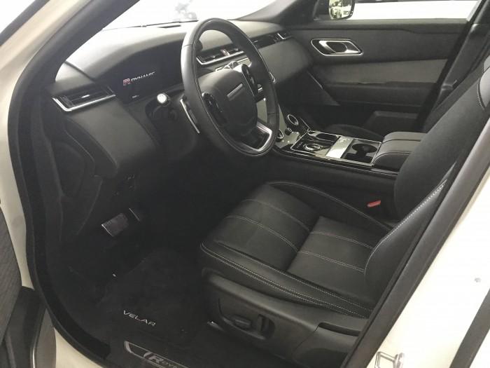 Range rover velar R Dynamic SE model 2018 mới 100% ,màu trắng,xe giao ngay.