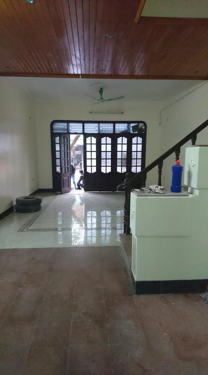 Cho thuê nhà làm nhà nghỉ phố Kim Đồng: 100m, 4.5 tầng.