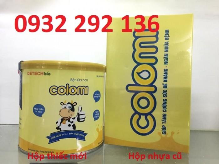 Bột sữa non Colomi hộp thiếc mới có bổ sung thêm Sữa ong chúa giúp tăng sức đề kháng và hệ miễn dịch cho trẻ. Hộp 200 gr, giá bán: 429.000đ/ hộp Liên hệ: 0932 292 136