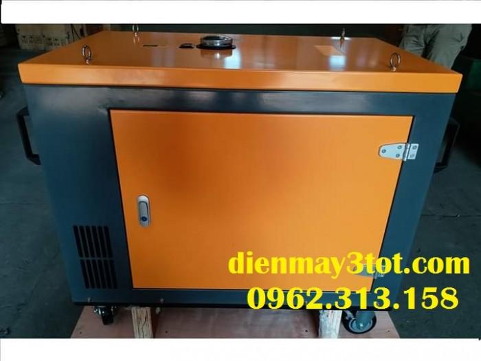 Máy phát điện chạy dầu 6kw Kama công nghệ Đức cách âm có tủ tự động đóng mở điện ATS1