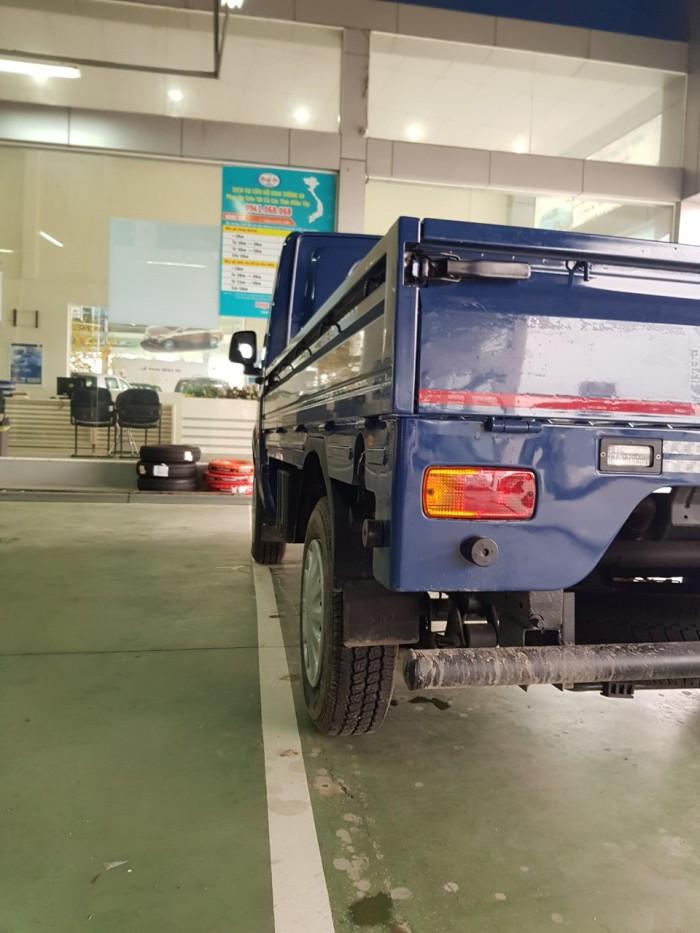 Xe tải tata thùng kín, xe tải 1.2 tấn, giá xe tata 11