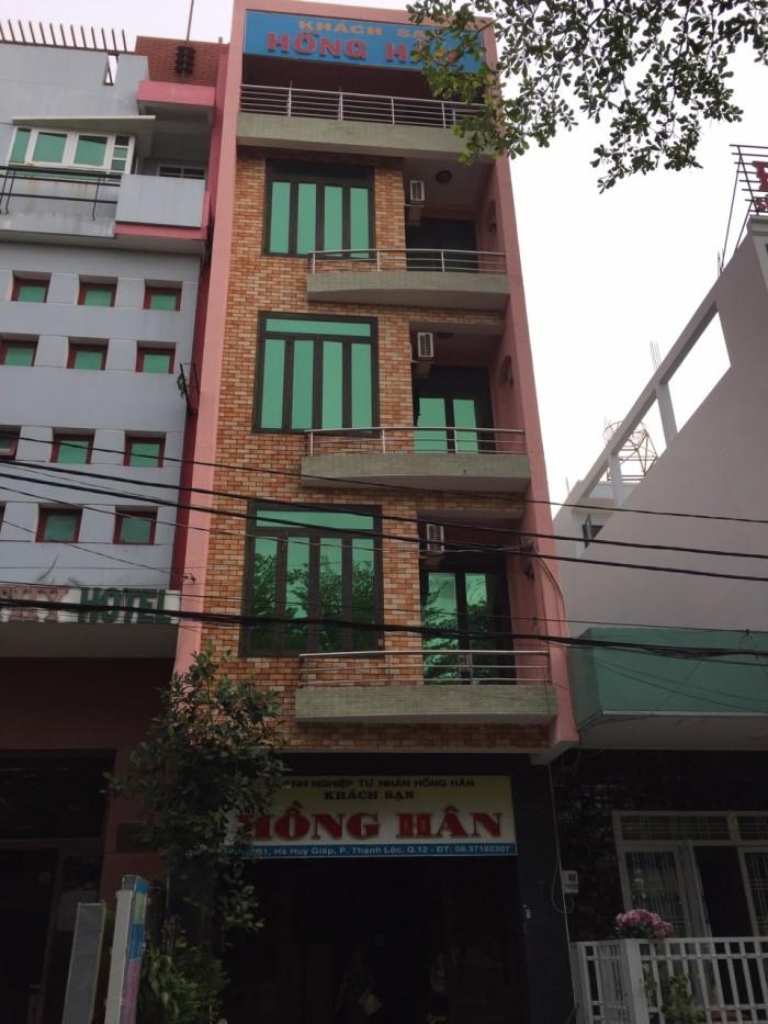 Bán gấp Khách Sạn đang hoạt động 24/24,định cư nước ngoài.