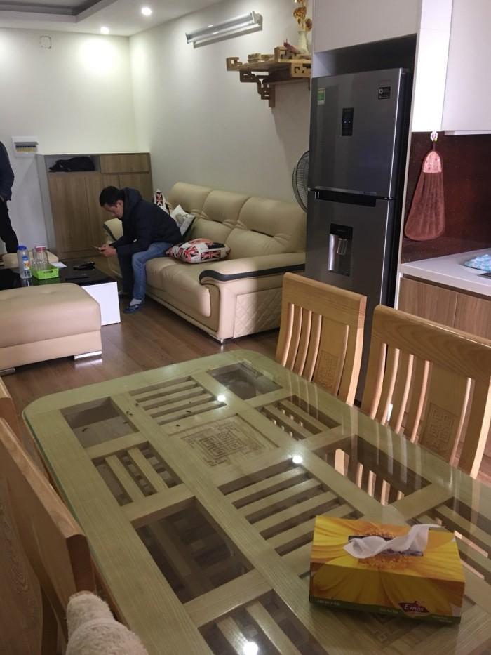 Cho thuê chung cư cao cấp 219 trung kính nhà rất đẹp thoáng mát