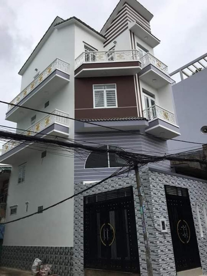Nhà xây kiên cố