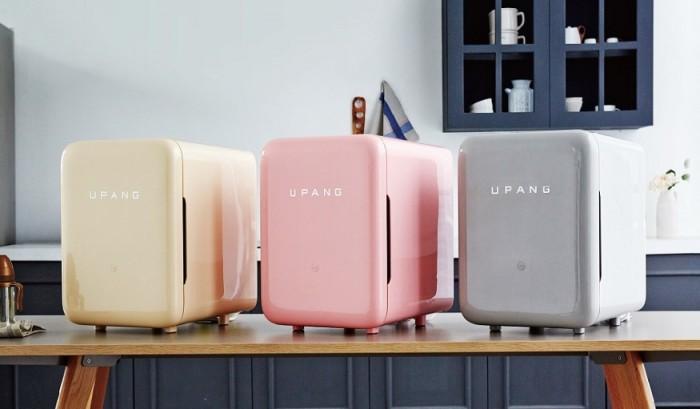 Máy tiệt trùng, sấy khô, khử mùi bình sữa bằng tia UV 3D uPang UPA802