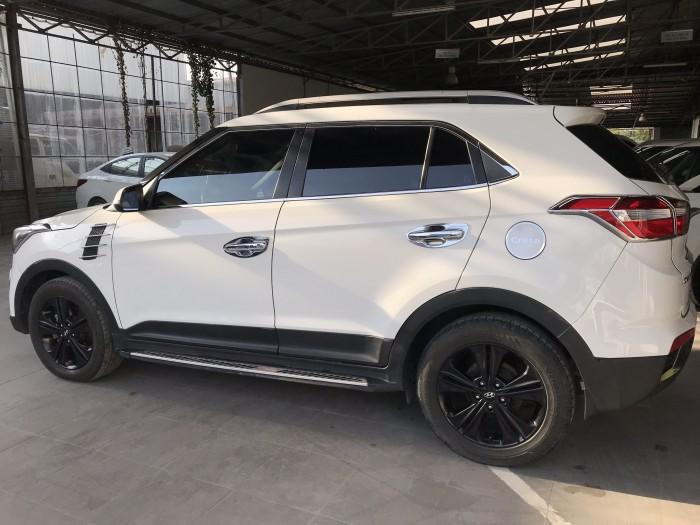 Bán Hyundai Creta 1.6AT màu trắng máy xăng số tự động nhập Ấn Độ 2016 biển Sài Gòn đi 44000km