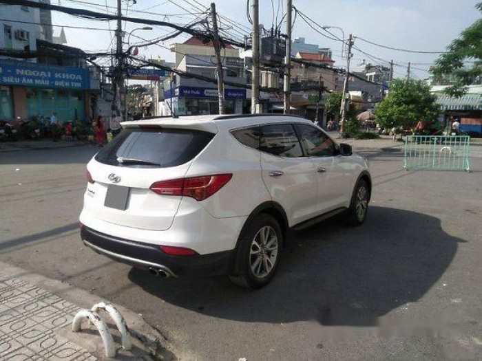 Cần bán xe Hyundai Santa Fe 2013, máy xăng, màu trắng bản thường. 4