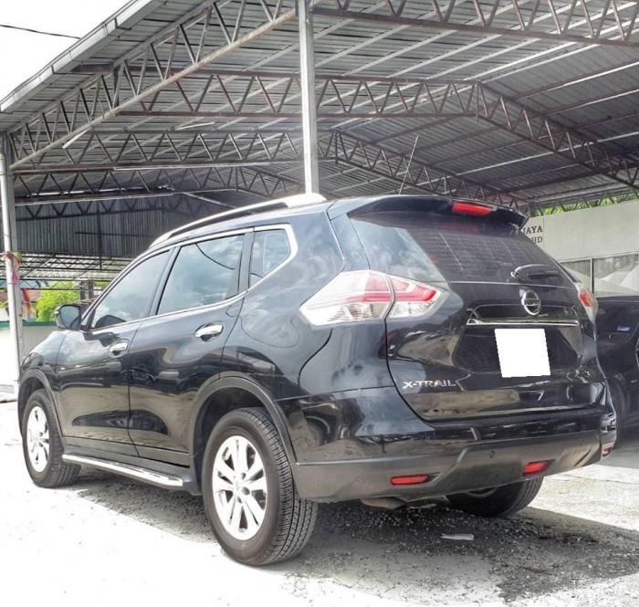 Cần bán xe Nissan Xtrail đời 2017 đk 2018 màu đen bstp chính chủ
