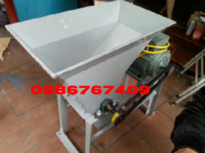 Máy xay tinh bột nghệ thường dùng trong sản xuất tinh bột nghệ2