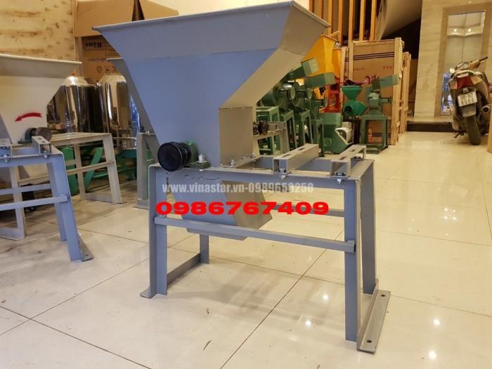 Máy xay tinh bột nghệ thường dùng trong sản xuất tinh bột nghệ0