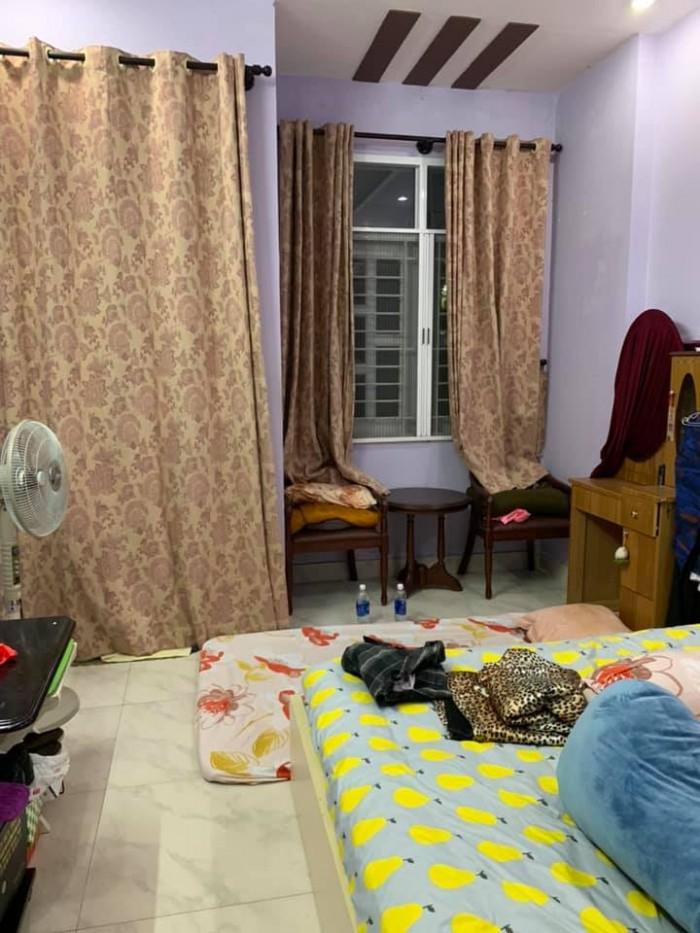 Chính chủ bán gấp nhà Hoàng Văn Thụ, Tân Bình, HXH, 90m2, 4 lầu.