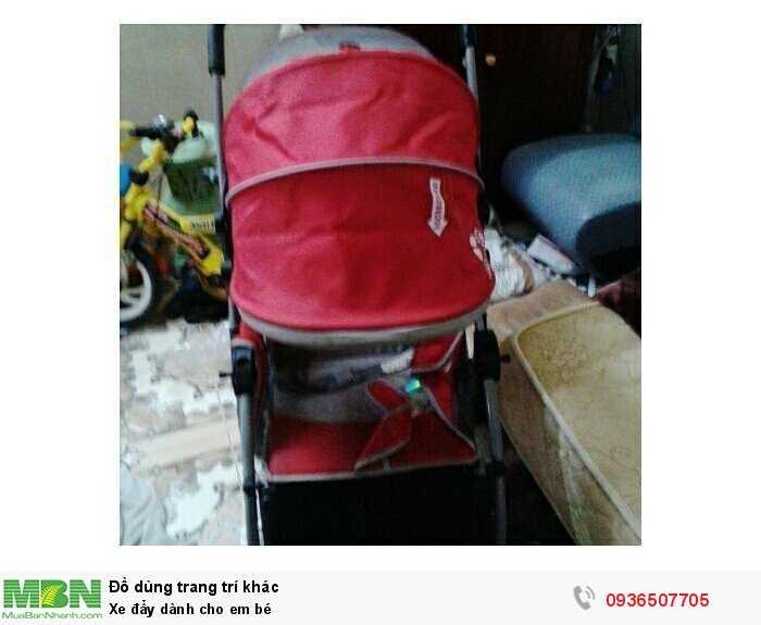 Xe đẩy dành cho em bé0