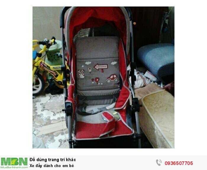 Xe đẩy dành cho em bé1