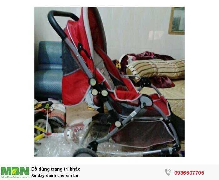 Xe đẩy dành cho em bé2