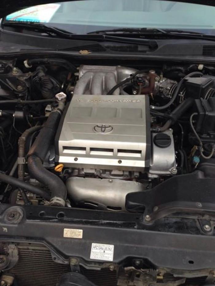 Gia đình cần bán Camry V6 2002, số tự động, màu đen gia đình sử dụng rất kỉ,