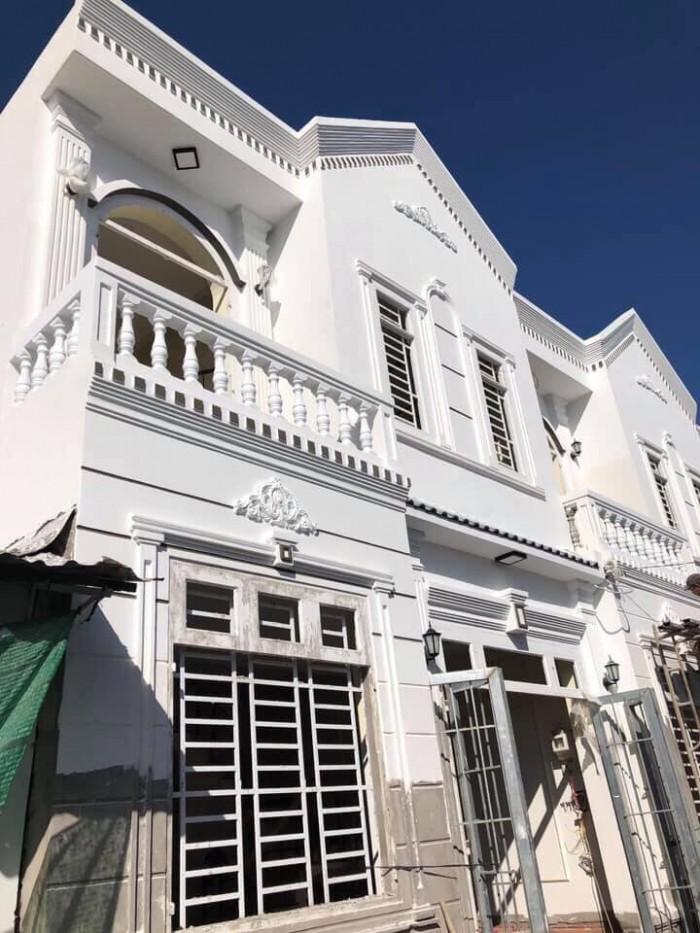 Bán nhà trệt lầu kiến trúc cổ điển hẻm 11 Nguyễn Văn Linh (Cặp bên bệnh viện đa khoa trung ương)