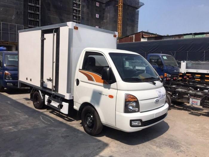 Xe Tải Hyundai 1.5 Tấn Thùng Kín Composite Trả Góp - Vay Cao