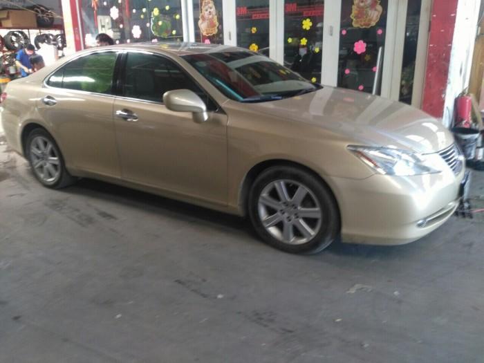 Cần bán xe Lexus ES350 sx 2009 màu nâu-vàng nhập khẩu