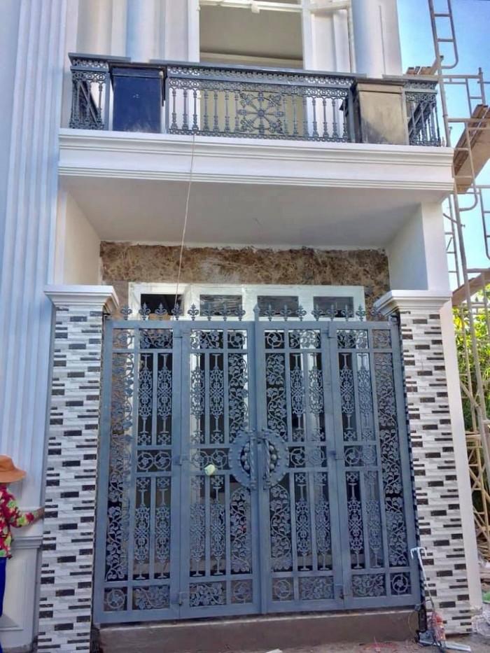 Bán căn biệt thự mini 1 trệt 1 lầu, hẻm 112 Hoàng Quốc Việt, P. An Bình giá 2,15 tỷ