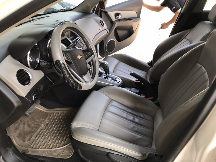 Bán Chevrolet Cruze LTZ 1.8AT màu trắng số tự động sản xuất 2015 biển Sài Gòn đi 38000km