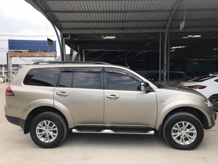 Bán Mitsubishi Pajero Sport 2015 , giá cả thương lượng , có hỗ trợ trả góp