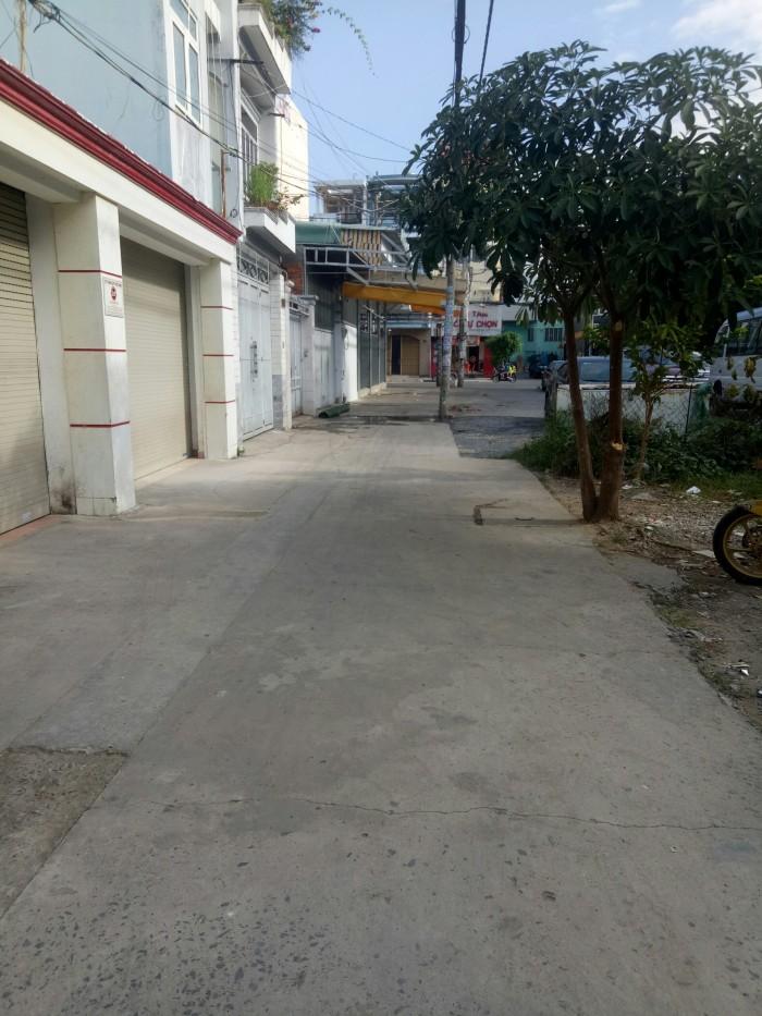 Nhà DT lớn Hẻm Xe Tải Nguyễn Cửu Đàm, P Tân Sơn Nhì, dt 12x24m