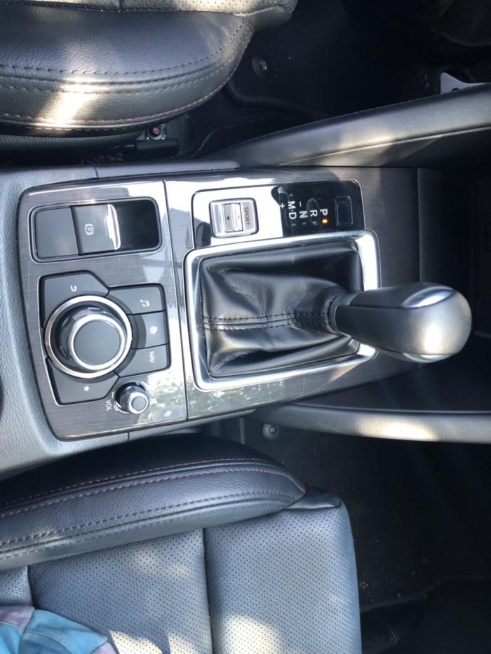 Bán Mazda CX5 2.5AT Facelift màu đen VIP sản xuất 2016 biển tỉnh đi 6000km