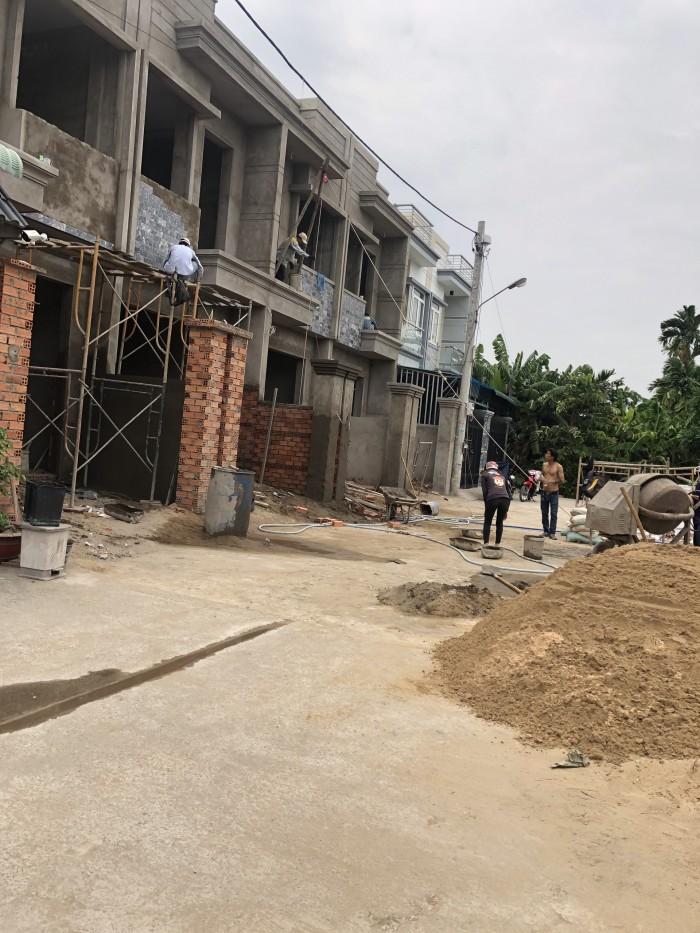 Bán nhà 1 trệt,1 lầu, mới xây ngay TX25,Q12.Dt : 4m x 16,5m