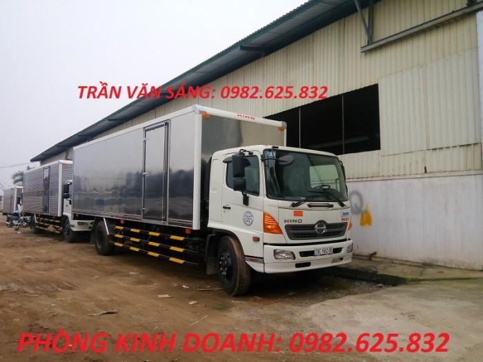 Xe tải Hino 8.2 tấn