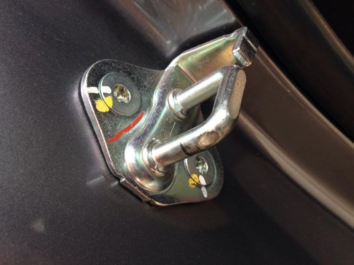Chevrolet Colorado 2.8LTZ đời 2016 dầu số sàn màu xám 2 cầu điện