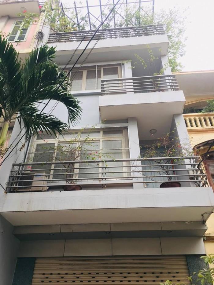 Bán nhà phố Trương Định, 5x75m2 ô tô đỗ tránh và quay đầu