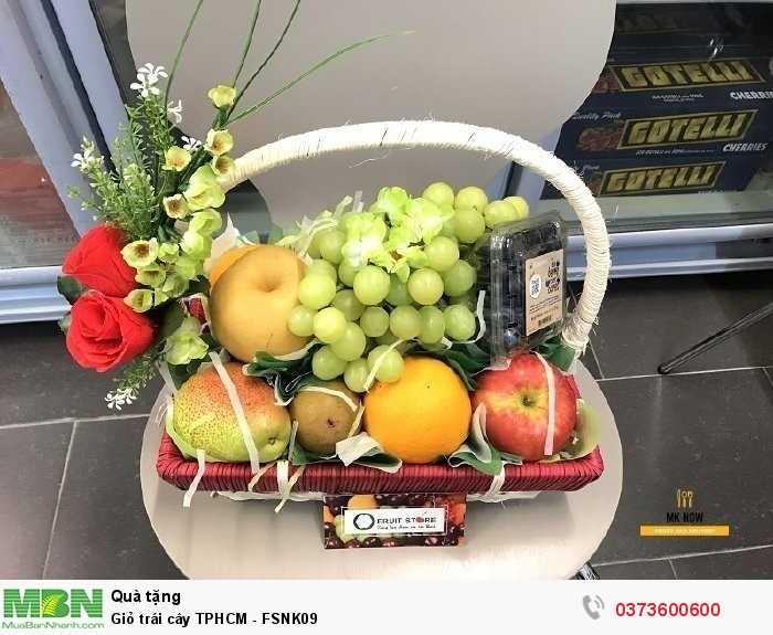 Giỏ trái cây nhập khẩu tươi ngon, chính vụ đúng mùa3
