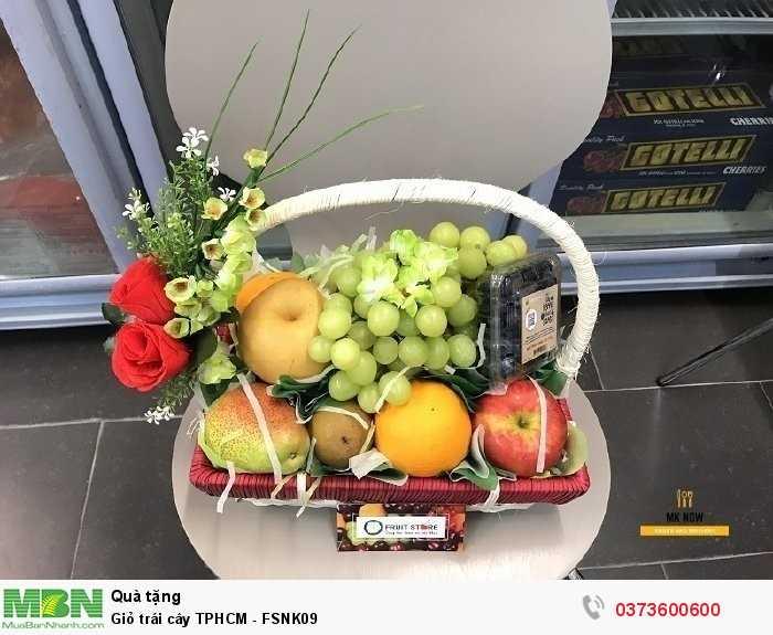 Đặt MKnow lên giỏ quà trái cây làm quà tặng giúp bạn nhé!