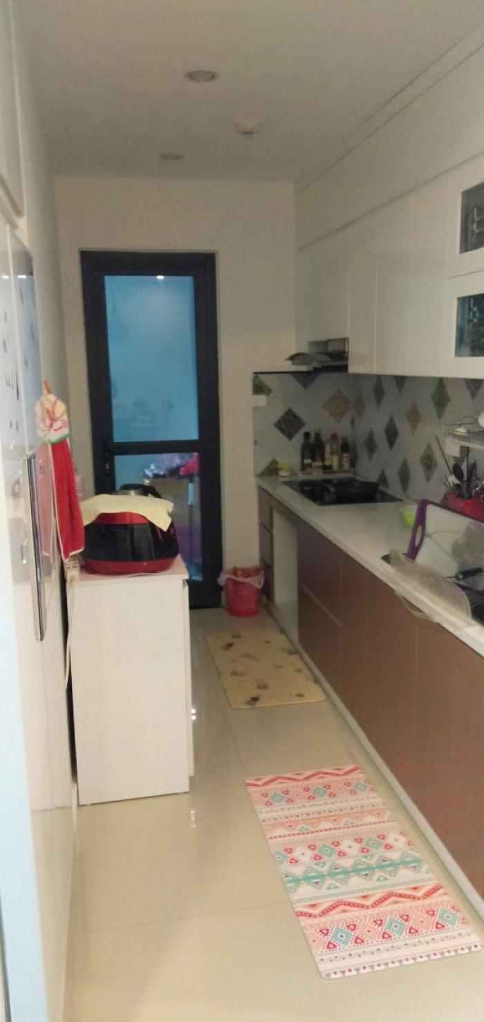 Căn hộ 78,7m2 2 PN, full nội thất, giá 2.55tỷ,cửa Đông Nam cần bán gấp dự án Goldmark city