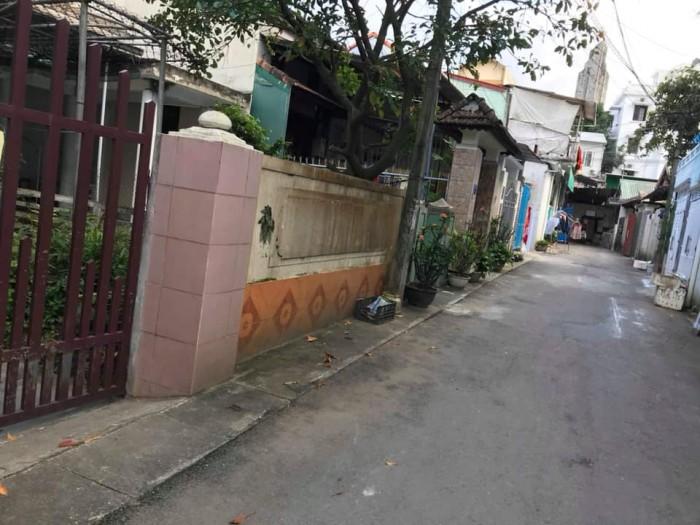 Đất Nguyễn Trường Tộ